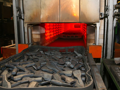 Conveyor for Heat Treating Application by Jorgensen