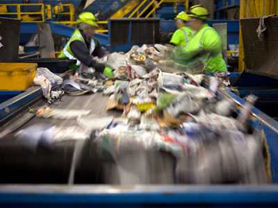 Conveyor for sorting and recycling by Jorgensen