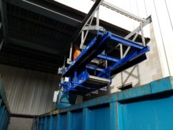 Shuttle Conveyor to load large outdoor truck